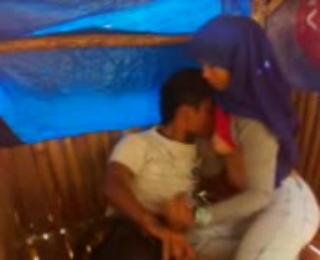 Download vidio bokep perempuan hijaber solihah ngentot di gubug reod bareng kekasih mp4 3gp gratis gak ribet
