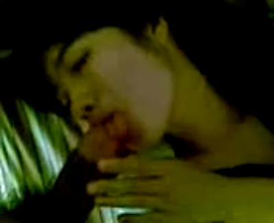 Kumpulan video bokep terbaru Cewek cantik dan binal doyan ngemut kontol