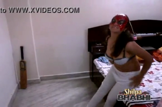 desi shilpa bhabhi indian amateur teasing hubby in bed playing with her bigtits