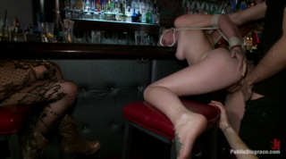 Rylie Richman Gets Fucked In The Bar