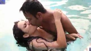 desi Bangladeshi Sonali Bhabhi Hot Sex in Swimming Pool