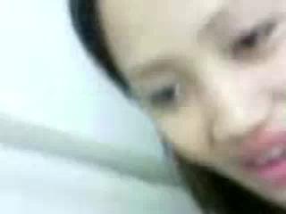Download vidio bokep TTM sepong kontol sampe muncrat mp4 3gp gratis gak ribet